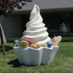 A dish of frozen yogurt